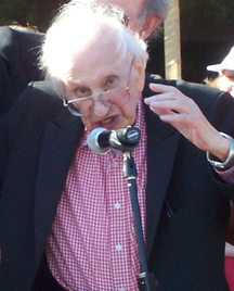 Studs Terkel at a Michael Moore rally in 2007